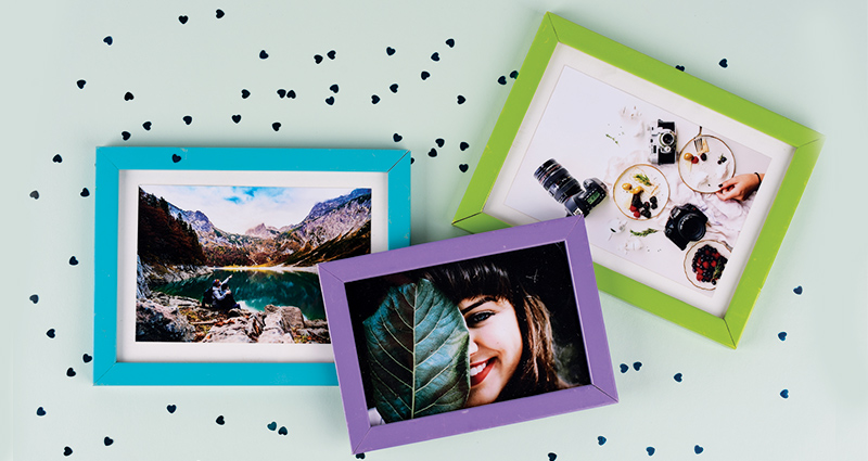 Photo prints in frames