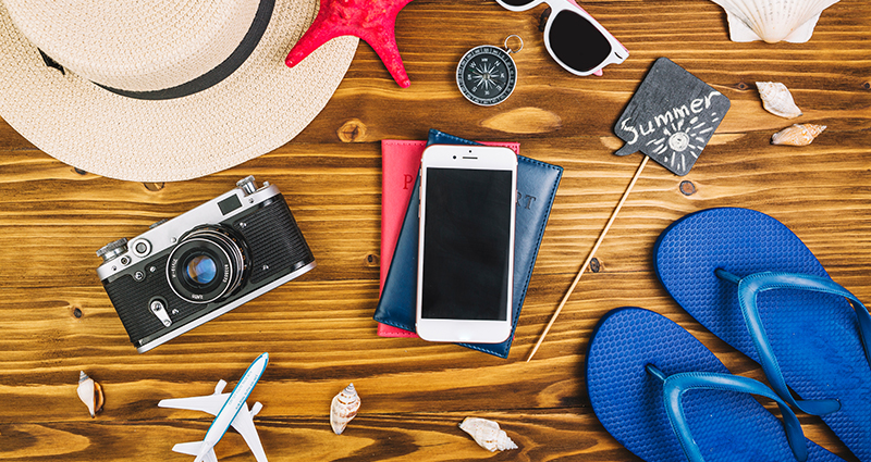 Summer photo idea – camera, hat, flip-flops and more.